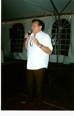 Ira sings at grandson Matthew\'s wedding in Florida