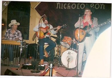 Jerry Fesendon, Roy Harris & Ira playing at Nicholodean in 1987